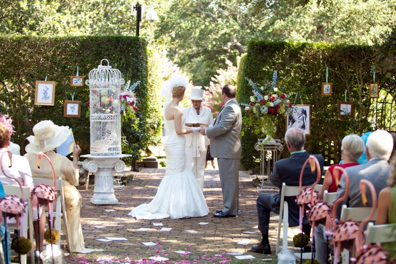 Alice-In-Wonderland-Themed-Wedding_011